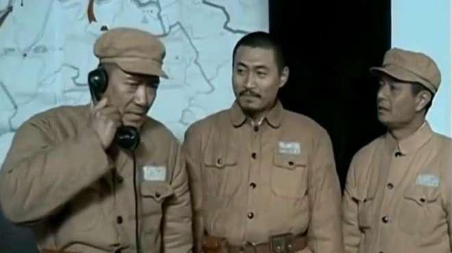 李云龙跟首长讲条件,直接摞话:看着办吧!首长不答应他都不行!